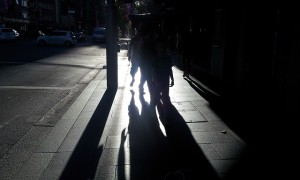 shadows-of-people-walking-on-road-3264x1968_48565
